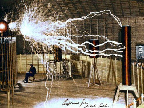 Nikola Tesla: Il Genio che inventò il XX Secolo