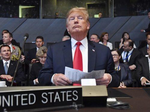 Caos al vertice della NATO
