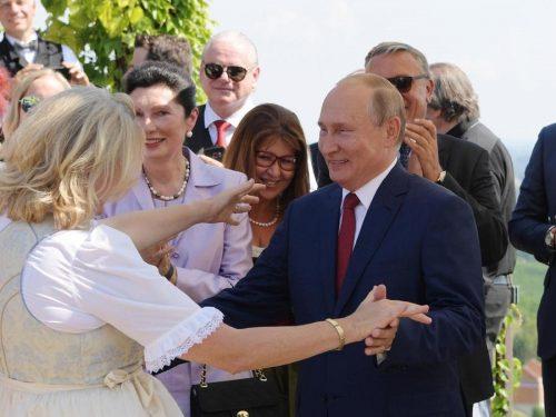 Il Presidente Putin visita la Germania