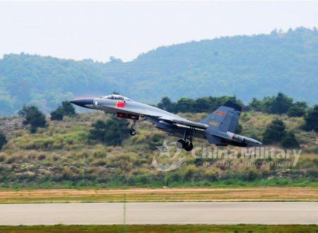 Forza Imbattibile, aviogetti da combattimento cinesi in Russia per le manovre
