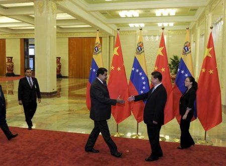 In che modo il viaggio di Maduro in Cina  aiuta il piano di ripresa economica?