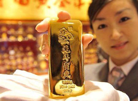 Ascesa dell'oro e declino del dollaro: la domanda di oro aumentata del 42% nel 2018