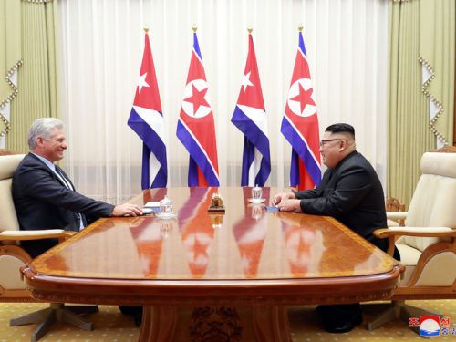 Il leader supremo Kim Jong Un incontra il Presidente Miguel Mario Diaz-Canel Bermudez