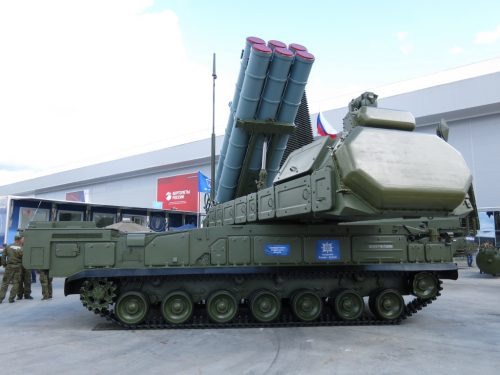 La pressione degli USA non influisce sulle esportazioni di armamenti russi