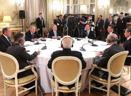 Putin avvia il vertice trilaterale con India e Cina