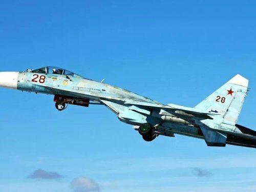 Mosca schiera i caccia in Crimea