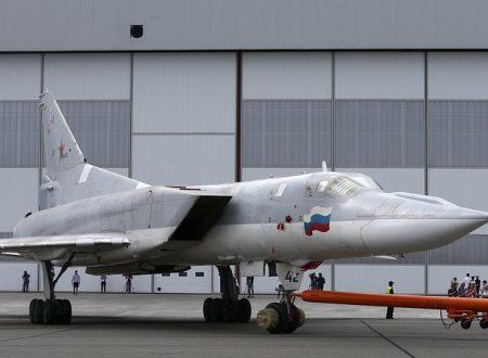 Il primo volo del bombardiere russo Tu-22M3M