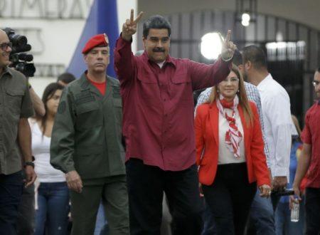 Il giuramento di Maduro tra il caos delle relazioni internazionali