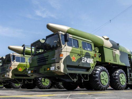 La Cina dispiega i missili balistici DF-26 in risposta alle manovre degli Stati Uniti