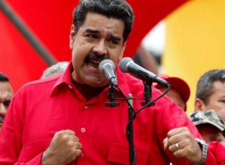 Mosca avverte gli USA dall'intervento militare contro il Venezuela