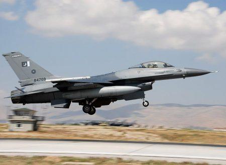 Perché l'India ha schierato solo gli aerei meno potenti contro il Pakistan