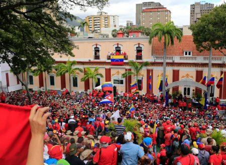 Governo parallelo; vecchio trucco per distruggere il chavismo