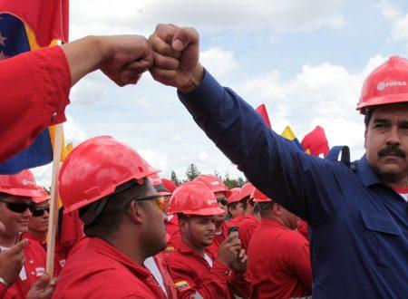 Cambio di regime per il profitto: Chevron e Halliburton salutano il golpe degli USA in Venezuela