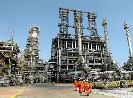 Il Venezuela vince: gli Stati Uniti riprendono l'acquisto di petrolio venezuelano