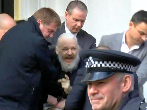 Il destino sfortunato di Assange dopo l'arresto
