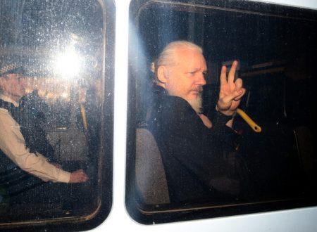 L'arresto di Assange è un avvertimento alla Storia