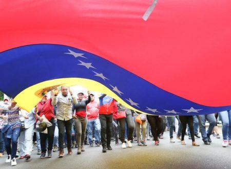L'accerchiamento del Venezuela: una follia di Trump