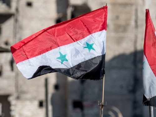 I carri armati siriani partecipano alle elezioni liberando Istanbul dalla banda Erdogan