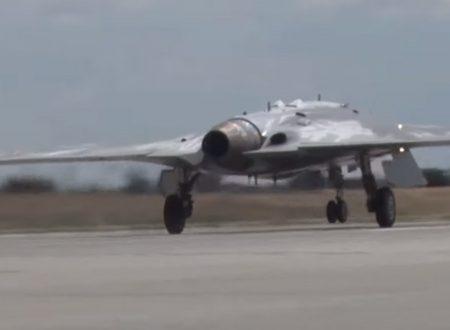 Il nuovissimo drone russo Okhotnik vola per la prima volta