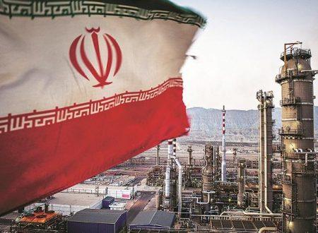 L'Iran scopre 53 miliardi di barili di petrolio