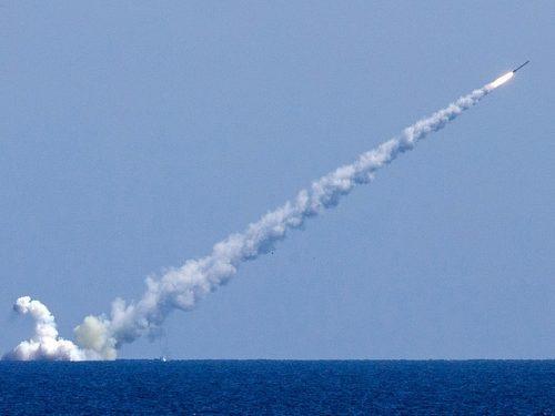 L'Iran avvia la produzione di nuovi missili da crociera