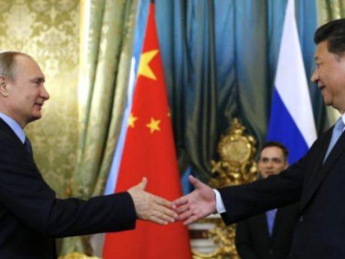 Il tentativo degli Stati Uniti di frenare la Russia e contenere la Cina è vano