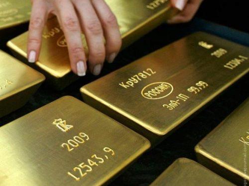 La Russia riduce i dollari e aumenta l'acquisto di oro