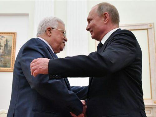 Putin invita Abas al Giorno della Vittoria