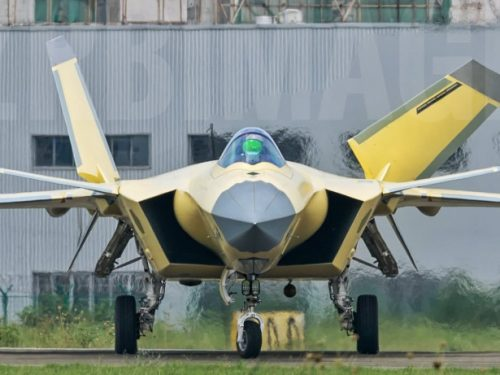 L'ingegnere capo del J-20 parla degli aerei da caccia futuri