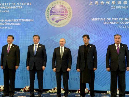 Pakistan, Cina e Russia decidono di abbandonare gli scambi in dollari