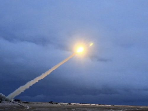 Il missile da crociera russo dalla gittata illimitata