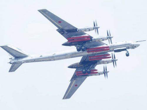 La Russia potenza i bombardieri Tu-95