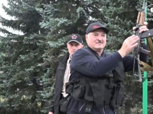 Difendendo la Russia, Lukashenko infligge un duro colpo all'occidente