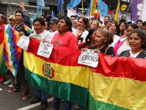Il regime golpista della Bolivia accusato di massacri