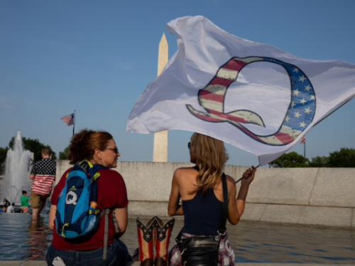 Da politici scienziati a demagoghi anti-scientifici: la tragica discesa nordamericana nella follia