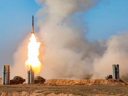 """Senza sparare un colpo, l'S-400 ha """"lacerato"""" la NATO"""