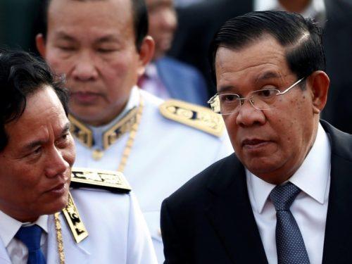 La Cambogia demolisce la base costruita dagli Stati Uniti