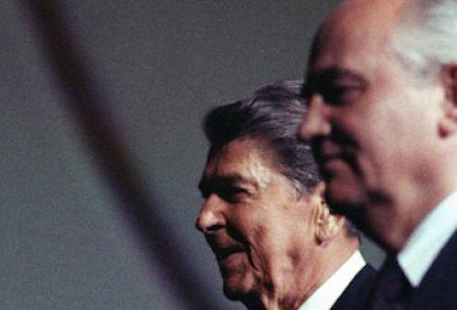 In che modo Khrushjov e soci svalutarono la morte di 27 milioni di sovietici?!