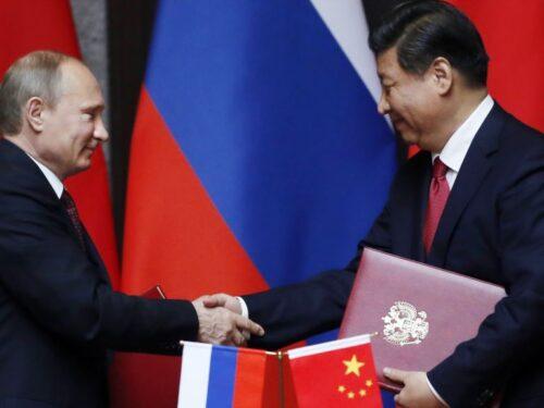 """Cina e Russia lanciano una """"economia di resistenza globale"""""""