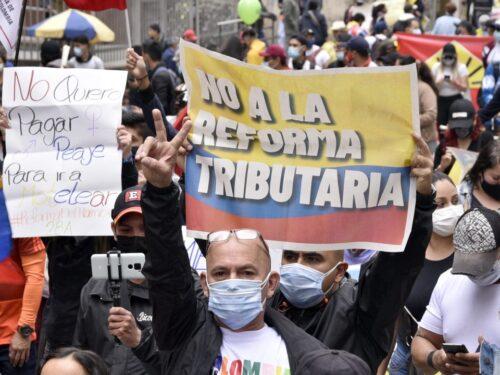 Crollo della Colombia tra panedmia, riforme fiscali e proteste