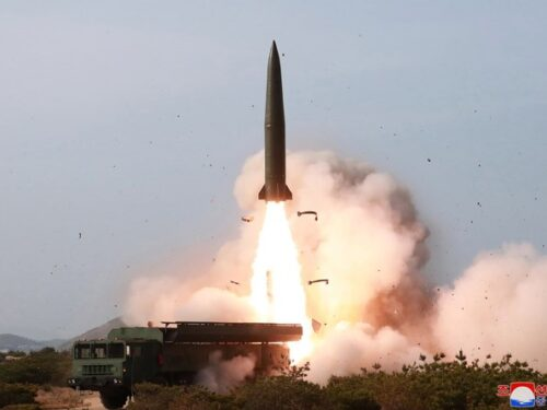 Potenziali clienti per il nuovo missile KN-23 della Corea democratica