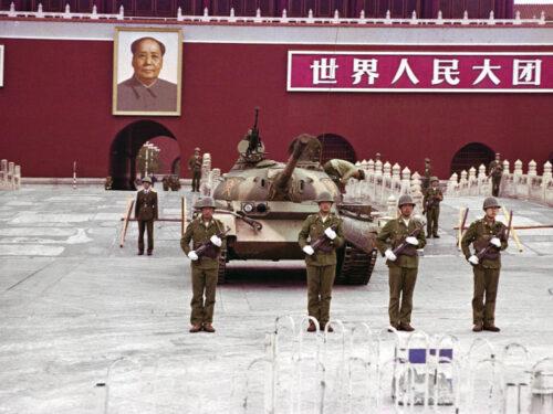 """Il """"massacro"""" di piazza Tian'anmen: la menzogna più persuasiva dell'occidente"""