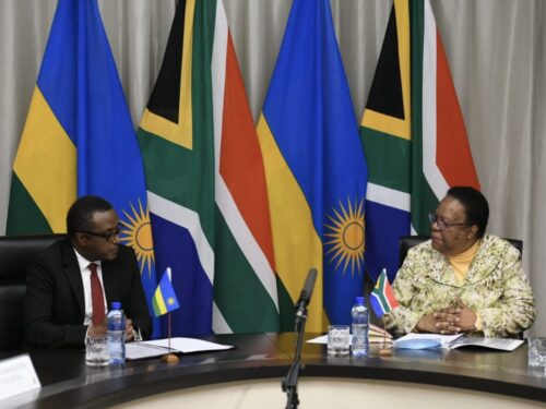 La spinta di Kagame a combattere in Mozambico incontra un ostacolo: la Comunità di sviluppo dell'Africa meridionale