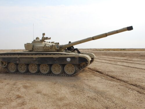 L'Iraq abbandona i carri armati statunitensi per quelli russi