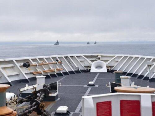 """Navi da guerra del PLA navigavano vicino l'Alaska, """"per contromisura alle provocaziono degli Stati Uniti"""""""